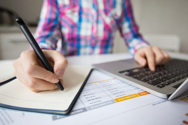 How to Pick a Financial Administrator